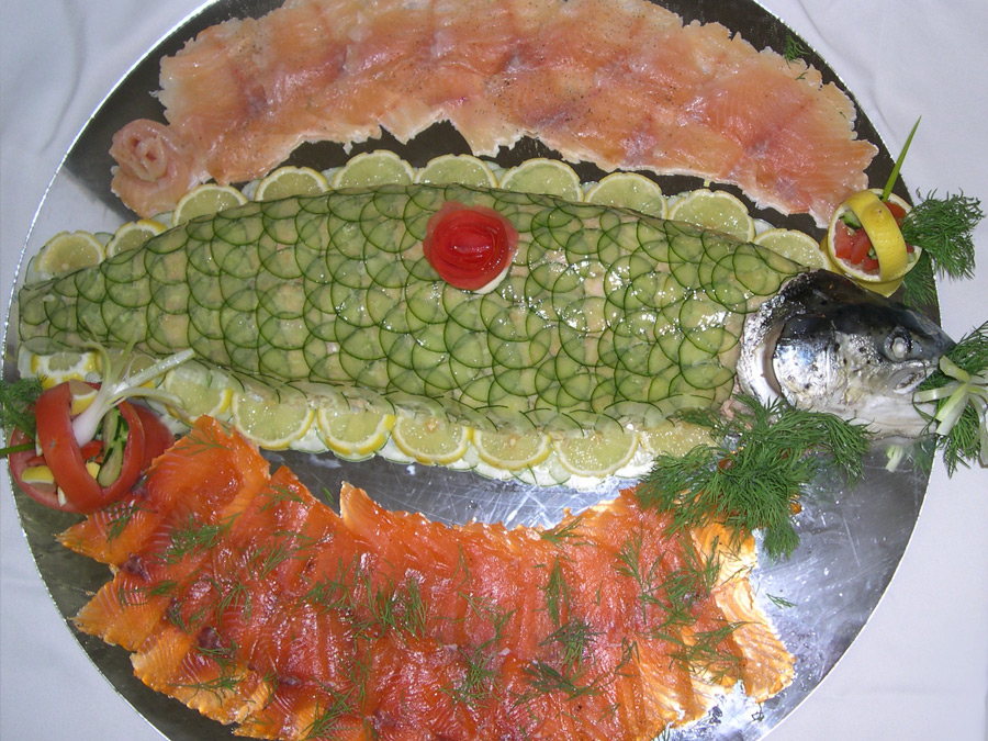 catering fish plate